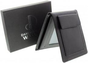 Multi-Effect Wallet von Dani DaOrtiz