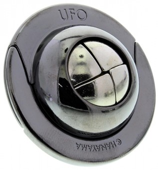 Cast UFO Puzzle