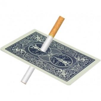 Zigarette durch Karte